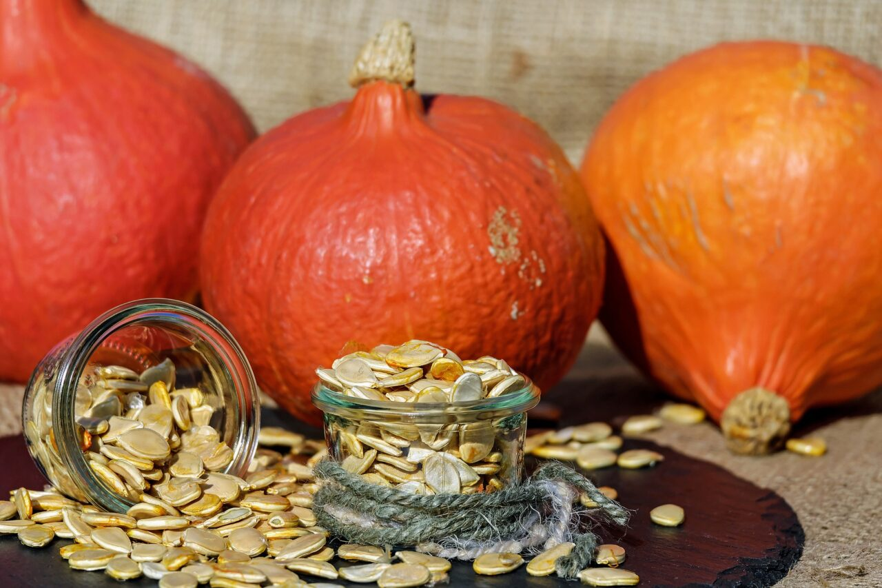pumpkin-seeds-1738174_1920-1280x853.jpg